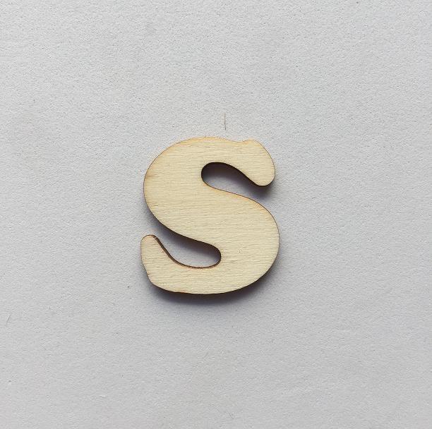S - 1 cm
